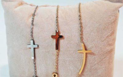 Biżuteria z krzyżykiem